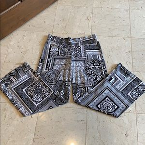 Cache flowy pants